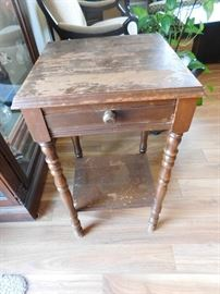 end table perfect for DIY or craft projects