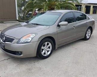 2007 Nissan Altima 2.5sl only 74k