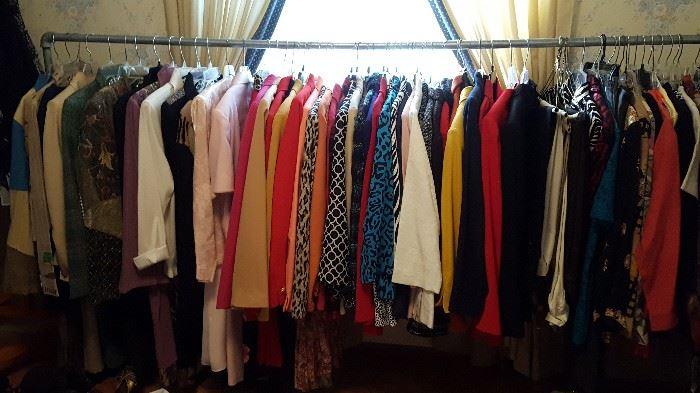 Ladies jackets, skirts,tops, suits. Susan Graver, Alfred Dunner, Bob Mackie, Cracker Factory