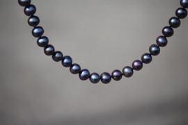 Iridescent Cultured Pearl Set