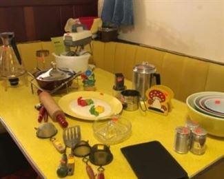 Wonderful Vintage Kitchenware