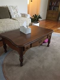 Lovely solid wood coffee table in excellent condition.