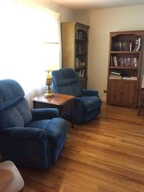 Two beautiful Lazy Boy matching rocker recliners in excellent condition. These will go fast.