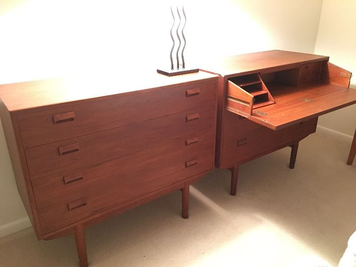 Vintage Mid Century Modern Borge Mogensen Chest of Drawers with Hidden Desk and Chest of Drawers, Danish Teak