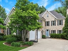 Estate Sale House in Clarendon Hills