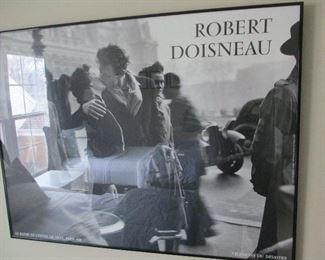 ROBERT DOISNEAU FRAMED PRINT