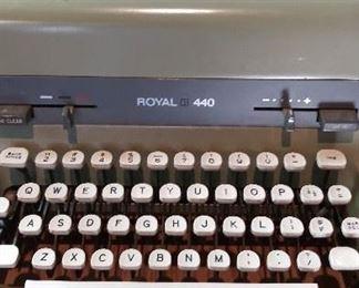 Vintage Royal 440 Typewriter Industrial White Magic Margin