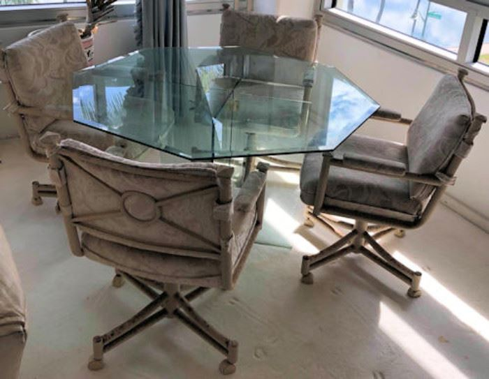WWT001 Octagonal Glass Table and 4 Chairs