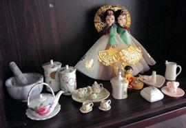 WWT012 Gorgeous Porcelain Collectibles