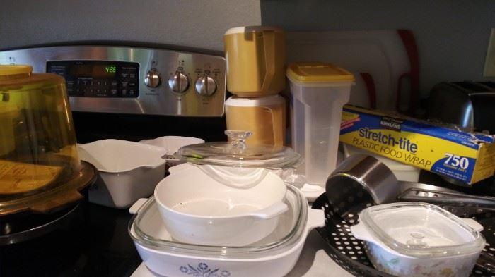 Corning Ware and bakeware sets