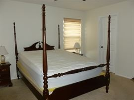 Thomasville 4-poster bed