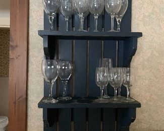 Picket fence wall rack