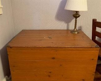 Very large vintage Blanket Chest