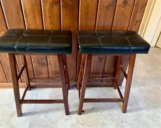 Black leather top bar stools