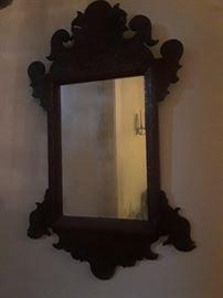 Batwing mirror