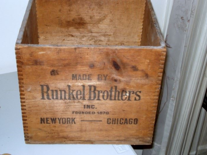 Runkel Bros. Cola Crate