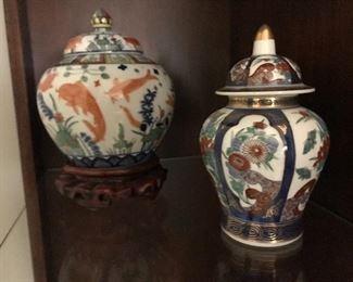Japanese porcelain urns