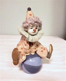 "Lladro #5813 ""Having a Ball"""
