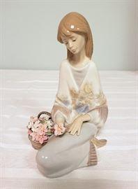 "Lladro #7607 ""Flower Song"""