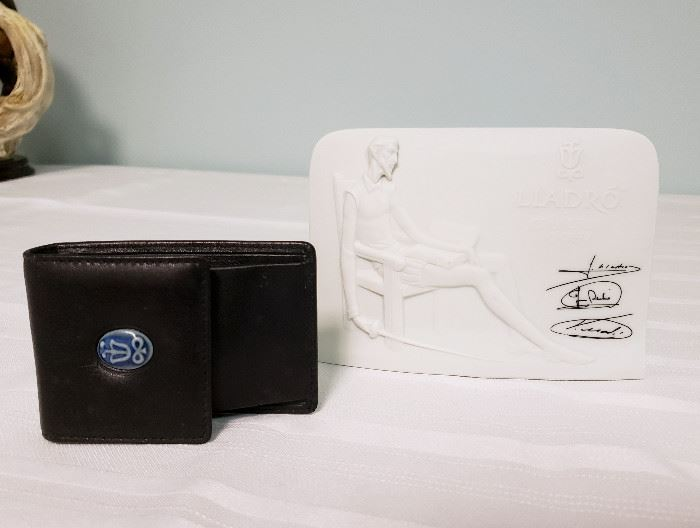 Lladro Collector's Society plaque and mini wallet