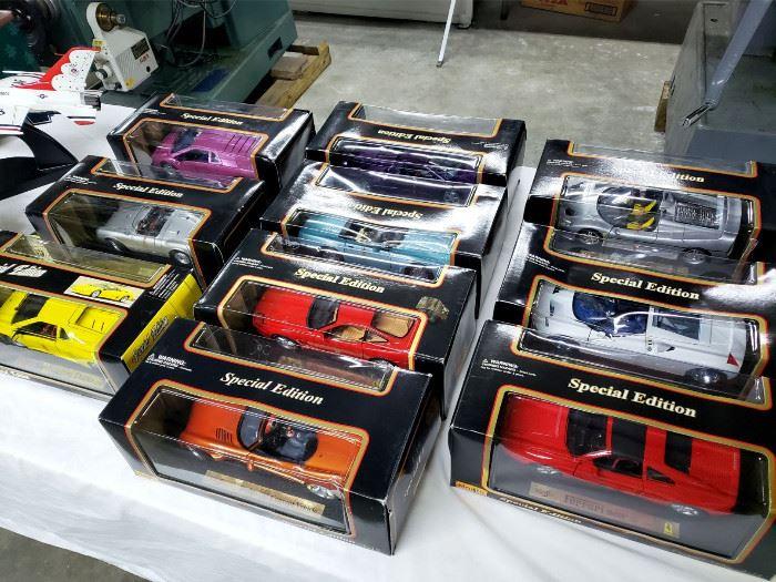 Maisto model cars
