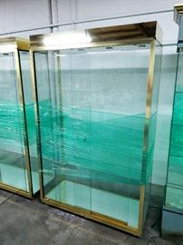 5 nice brass display cases with glass shelves