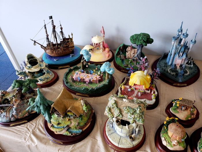 """Walt Disney Classics Collection """"Enchanted Places"""" miniature locations from Disney movies"""