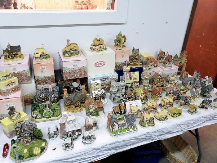 Lilliput Lane and David Winter cottages - many still in the boxes!