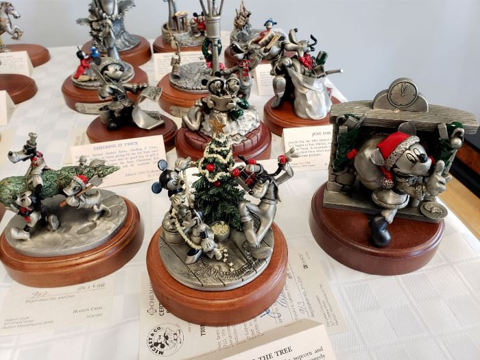 Hudson Creek - Mickey Mouse and Friends Christmas limited edition pewter figurines
