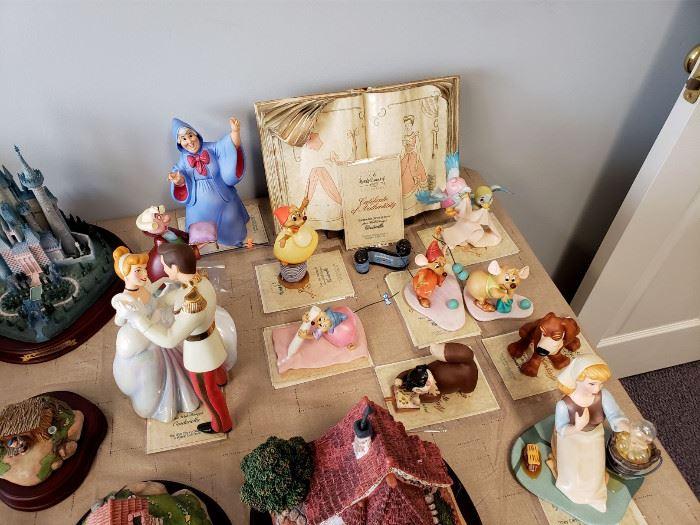 Walt Disney Classics Collection - Cinderella figurines