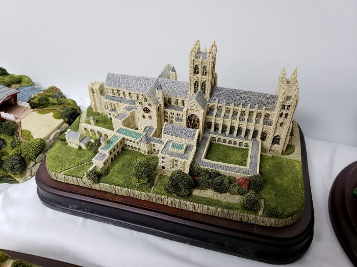 """Fraser Creations - The British Heritage Collection - """"Canterbury Cathedral"""""""