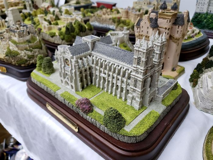 """Fraser Creations - The British Heritage Collection - """"Westminster Abbey"""""""