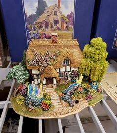 "Lilliput Lane  - The British Collection - ""Canterbury Bells"""