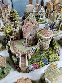 "Lilliput Lane ""Scotney Castle Garden"" limited edition"