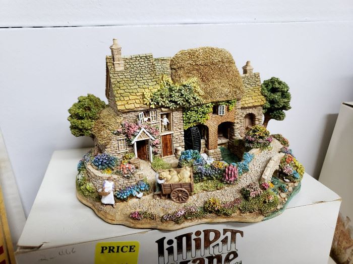 "Lilliput Lane - The British Collection - ""Mangerton Mill"""