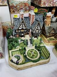 "David Winter - Garden Cottages of England - ""Spencer Hall Gardens Premier"" limited edition"