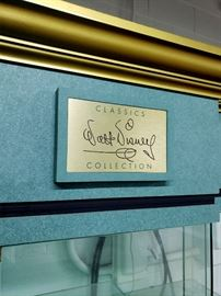 Walt Disney Classics Collection display cases - As Is - need work!