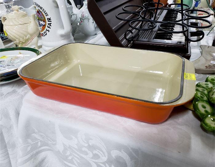 Le Creuset #30 enameled cast iron roaster / baking pan