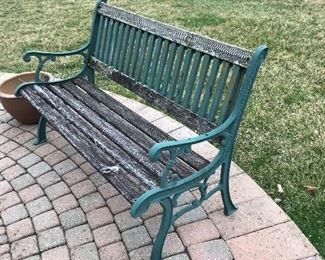 OUTDOOR BENCH