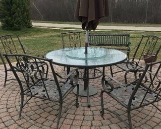 7- PC OUTDOOR DINING  SET