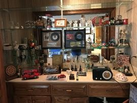 Collectibles and unique items