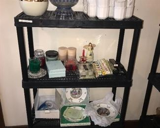 COLLECTIBLES PLATES / CANDLES