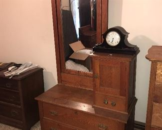 ANTIQUE COUNTRY PRIMITIVE DRESSER WITH MIRROR