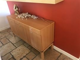 cabinet/entertainment center