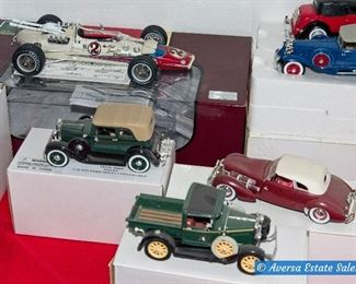 TABLES of Vintage Collector Cars