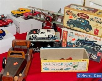 Table FULL of Collectible Cars