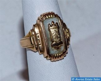 10K Gold Clas Ring
