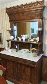 Beautiful marble top Victorian Hutch with original locking key