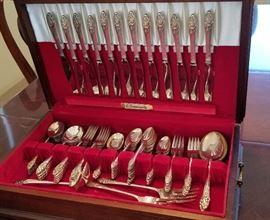 Wonderful silverware in its' original case.