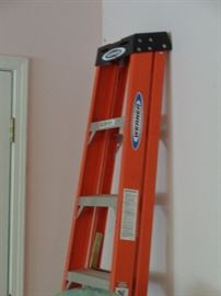 8 ft. ladder, fiberglass